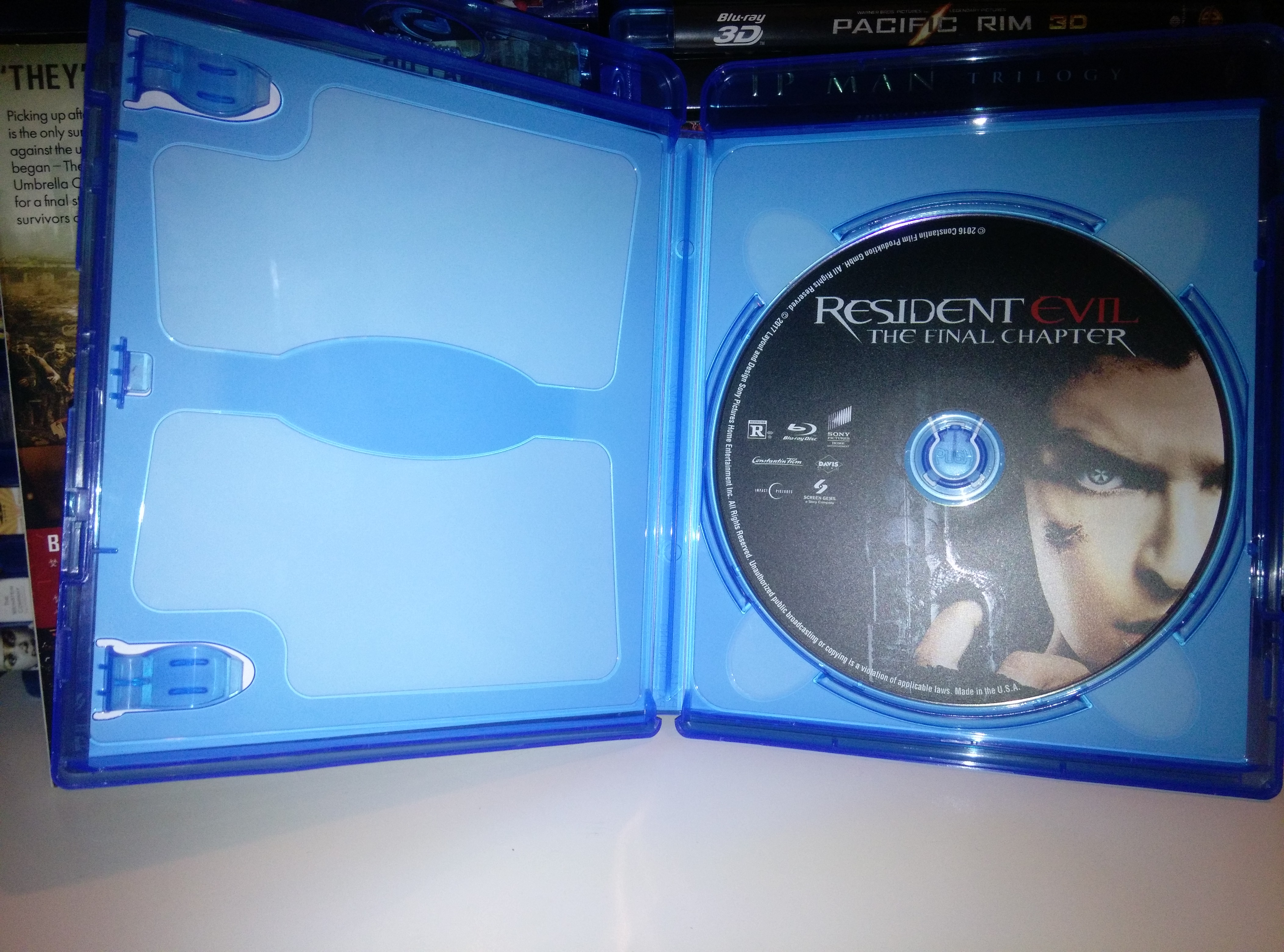 Resident Evil: The Final Chapter disc